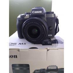 Fotocamera Canon EOS M5 + 15-45mm *EX-DEMO MENU ENG*