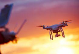 Patentino drone: facciamo chiarezza sul brevetto pilotaggio droni